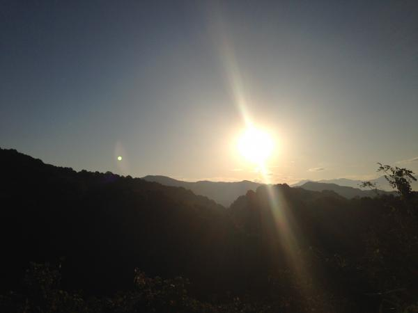 夜明けの太陽2