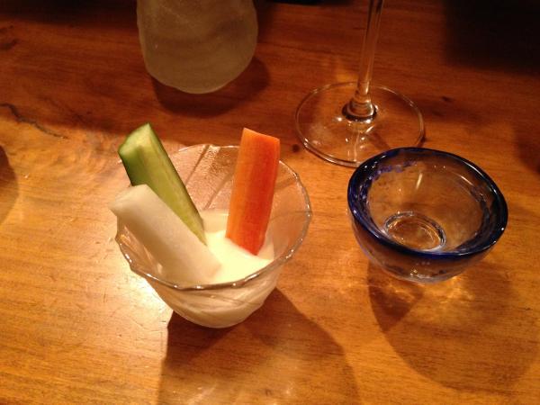 猪口と野菜スティック3