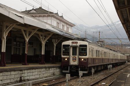 JR日光線日光駅 107系