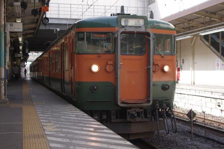 吾妻線高崎駅 115系