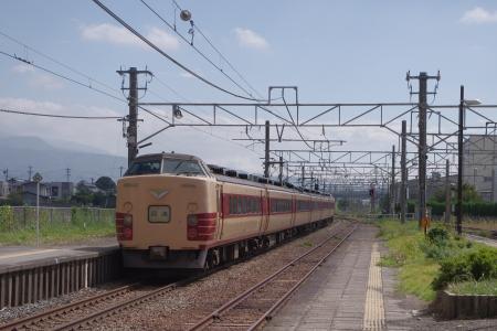 しなの鉄道 西上田駅 183系