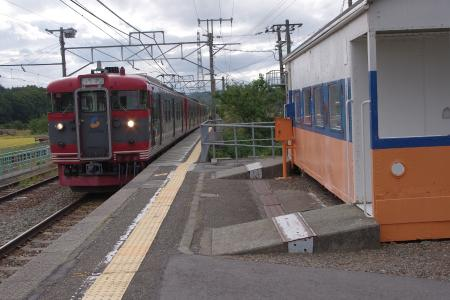 115系 あの夏で待ってるラッピング列車 平原駅