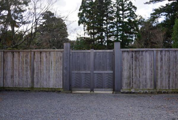 中茶屋表門