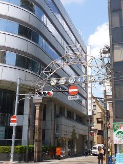 s-130504商店街入口