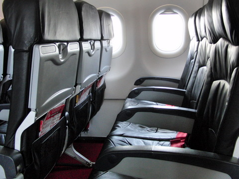 Airbus320機内