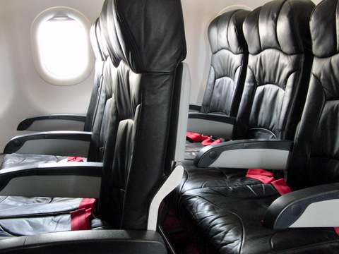 Airbus 320機内座席