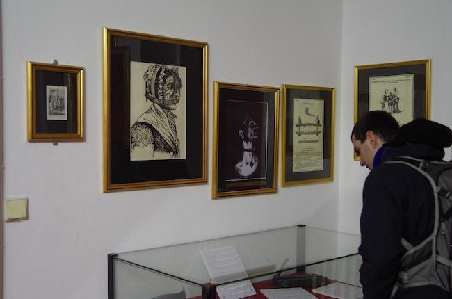 拷問博物館24