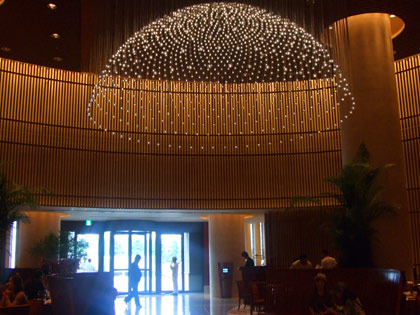 ペニンシュラ東京『The Lobby』