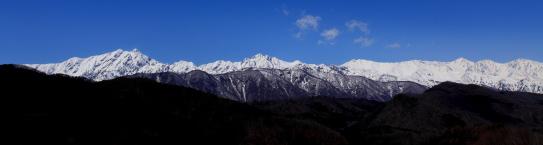 白銀の鹿島槍・五竜・唐松・白馬の名峰群