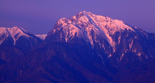 朝焼けの甲斐駒ヶ岳