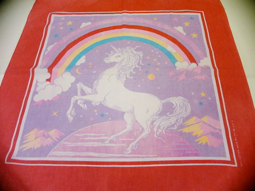 Unicorn_Bandanna_Red.jpg