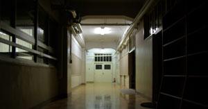 夜の学校001