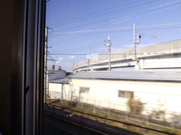 関西空港線と分かれて