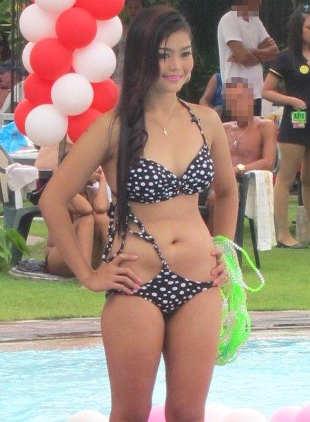 Goddess of Atlantis2012 pool130