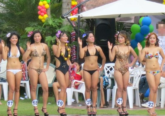 miss dh2012 poolparty247