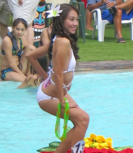 Miss DH2012 poolparty150