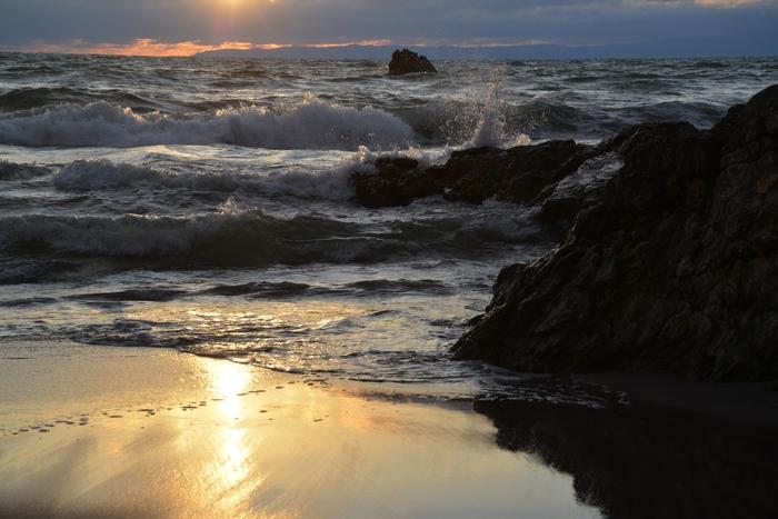 夕陽の海岸-2