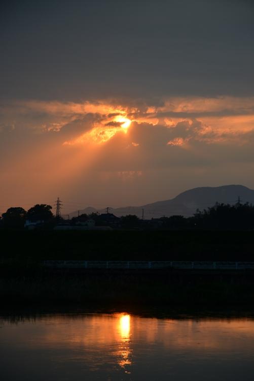 一瞬の夕陽-2
