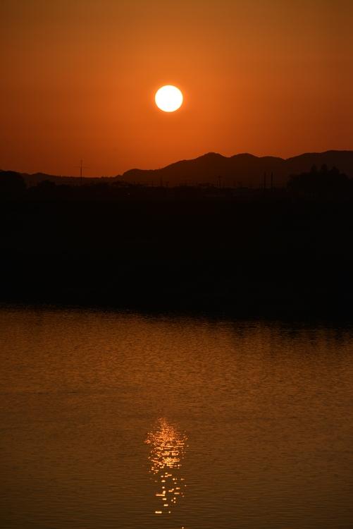 夕陽 川面-2