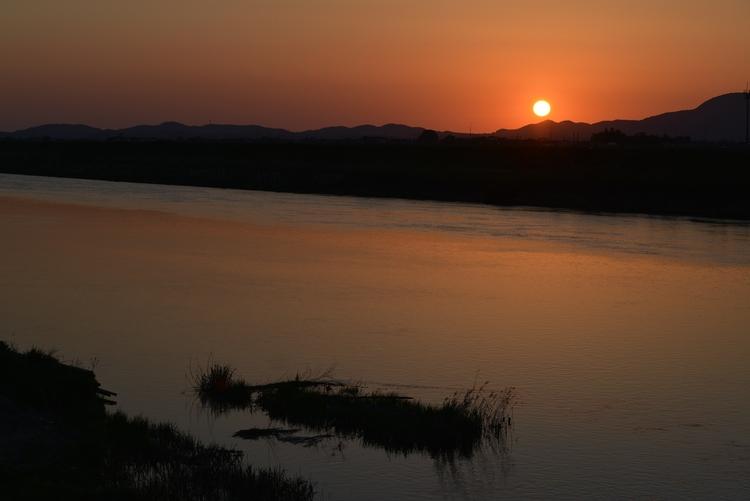 夕陽 川面-3