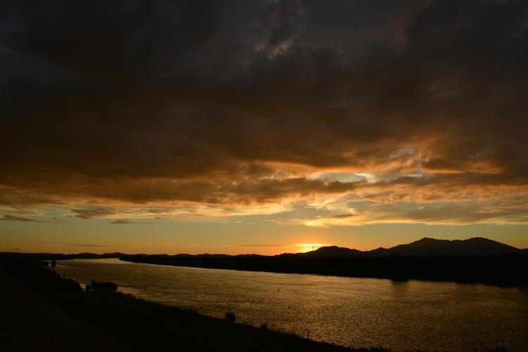 フェーン現象の夕陽-2