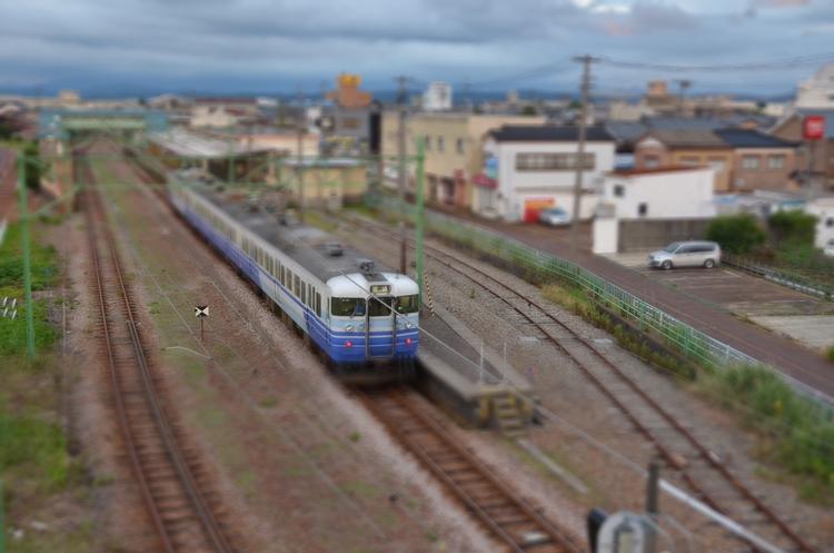 夕方の電車-2