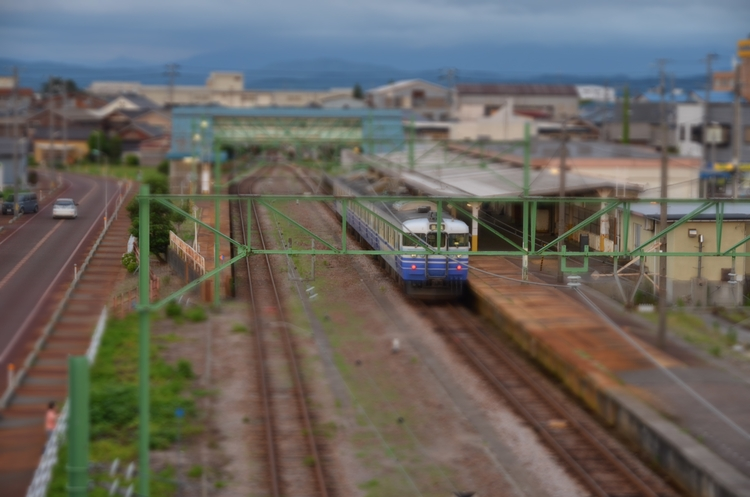 夕方の電車-3