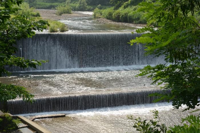 ダムのある清流-1