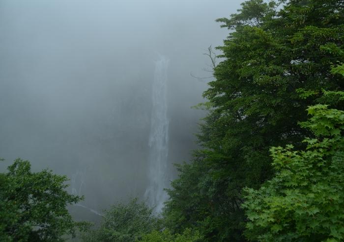 霧の華厳-1
