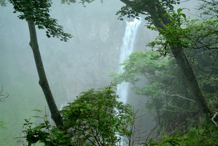 霧の華厳-3