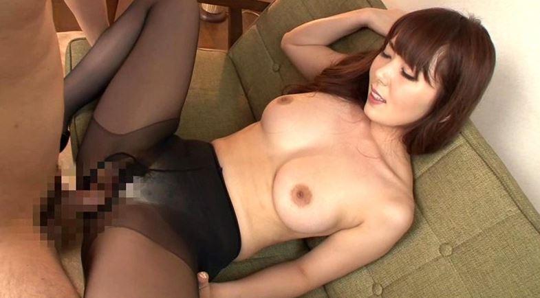 黒パンストSTYLE ~黒いパンストで誘惑する美脚美女~の足コキDVD画像1