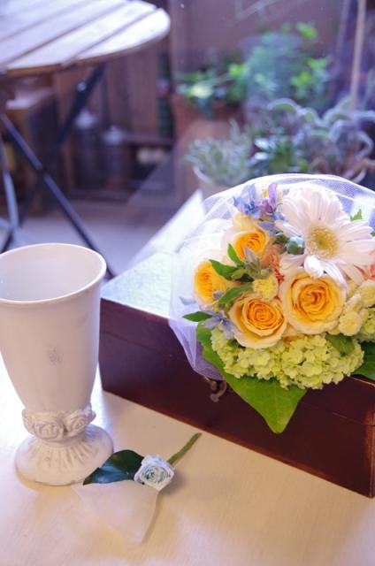 2013.6ジューンブライドに♪ミニブーケ(おしゃれな花器とプリザのブートニア付き)p6