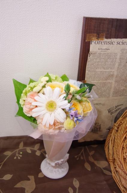 2013.6ジューンブライドに♪ミニブーケ(おしゃれな花器とプリザのブートニア付き)p3