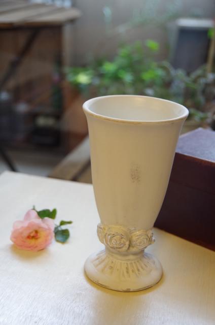 2013.6ジューンブライドに♪ミニブーケ(おしゃれな花器とプリザのブートニア付き)p2