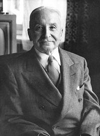 200px-Ludwig_von_Mises.jpg
