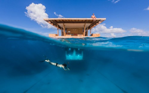 The-Manta-Resort-Underwater-Room-1-500x312.jpg