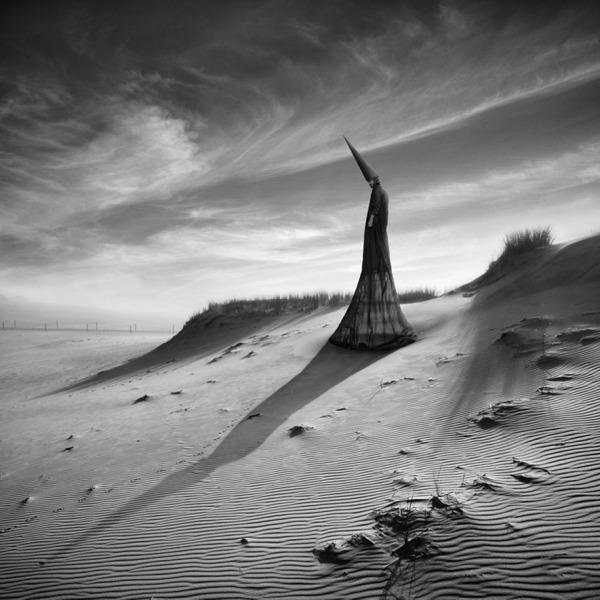 surreal-photo-manipulation-dariusz-klimczak-36.jpg