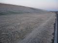 140112木津川CR開橋アンダーパス河川敷一面の霜