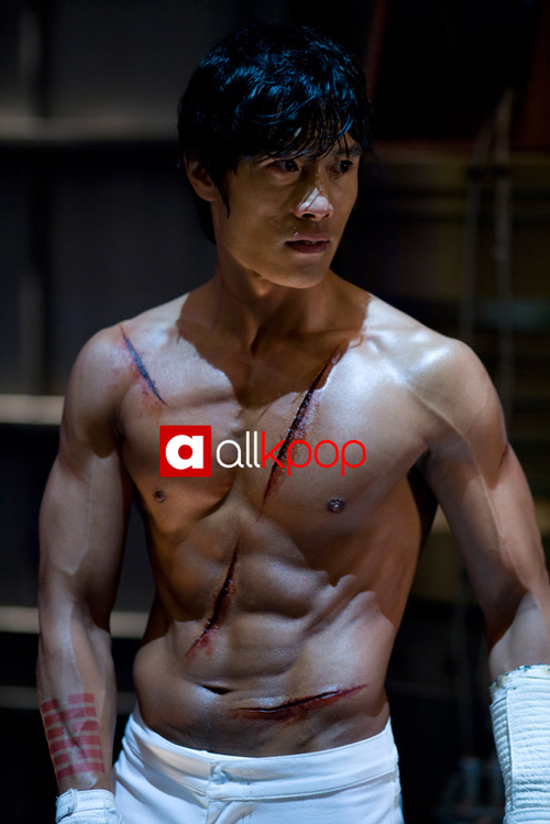 55253206-1253194525-Lee-Byung-hun-5.jpg