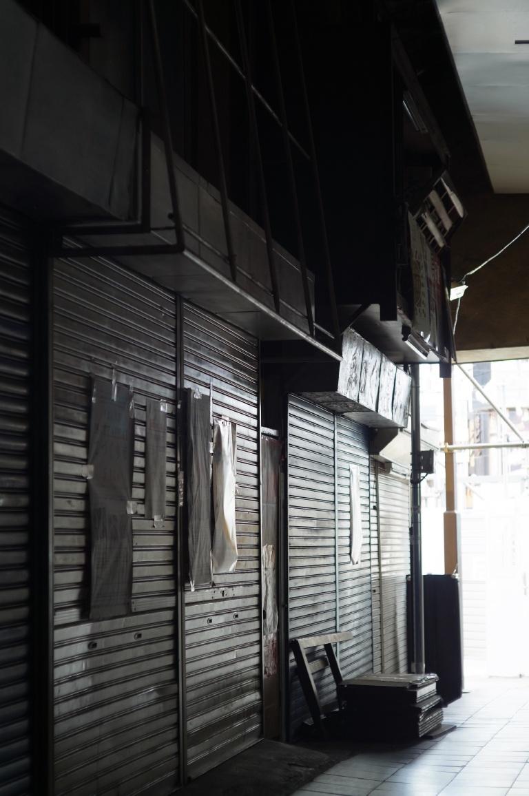 下北沢駅前食品市場006