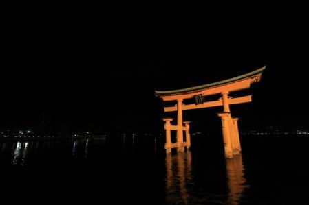 夜の厳島神社_800
