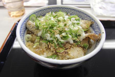 ねぎ塩豚丼_800