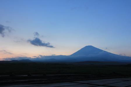 夕暮れ富士山_800