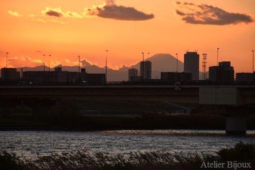 019-シルエット富士