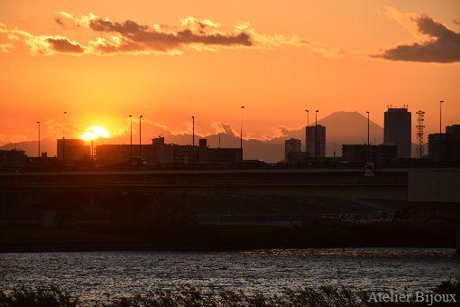 013-シルエット富士