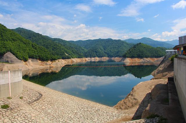 奈良俣ダム 水量が少ない