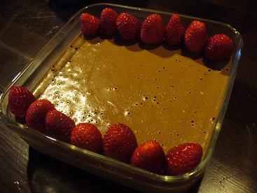 チョコムースイチゴ添え1