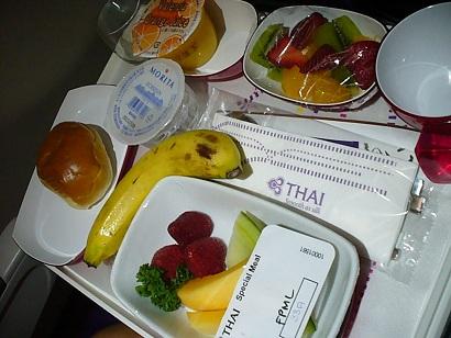 フルーツプレートタイ航空