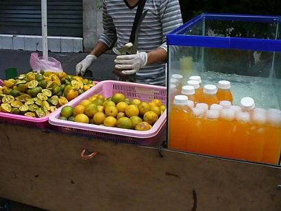 オレンジジュース屋