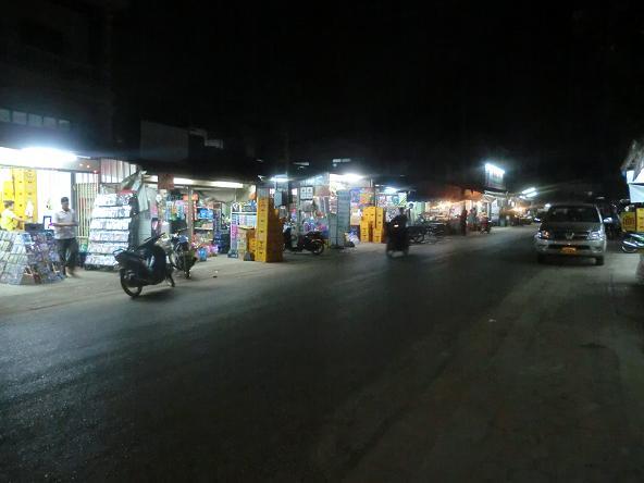 3 12321夜の商店街 (4)